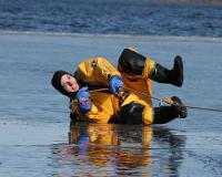 20070304_carver-fire-department-dive-team_00008-1