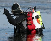 20070304_carver-fire-department-dive-team_00081